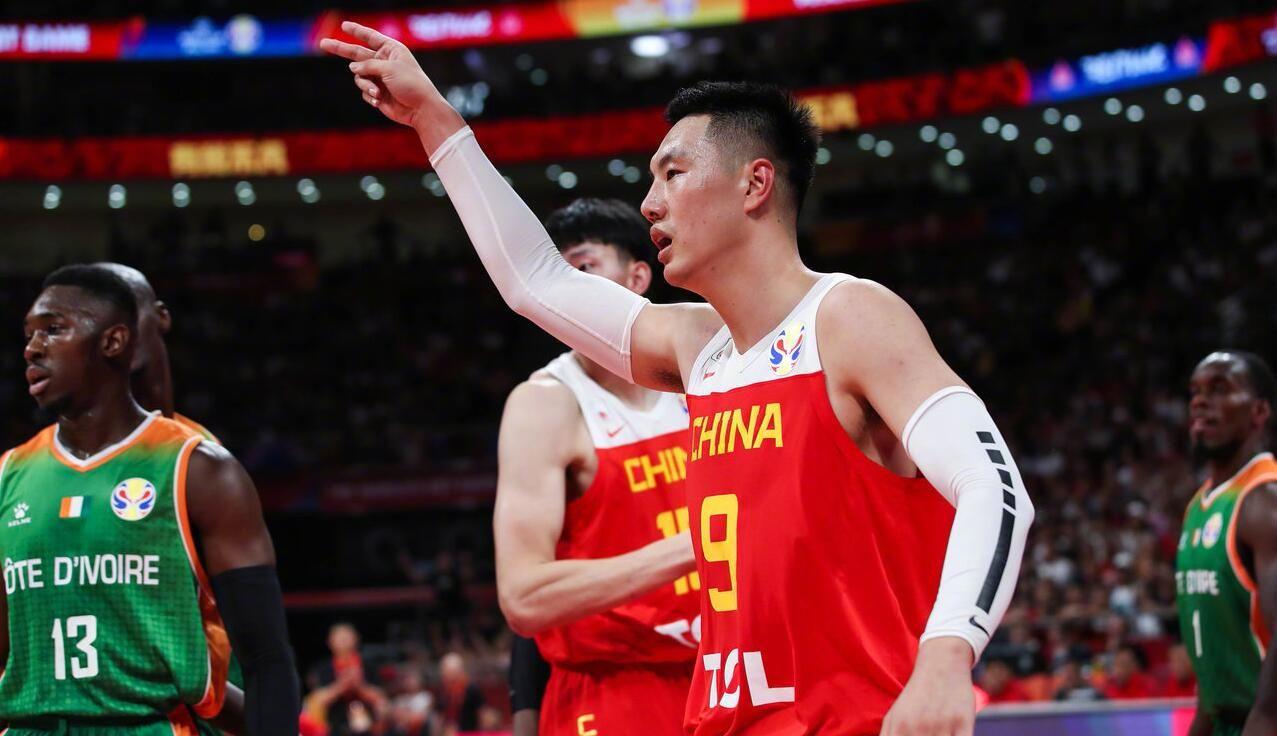 最多領先19分!中國男籃為何能大勝科特迪瓦?李楠賽后揭開原因