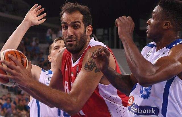 22分16板飙进续命三分!哈达迪尽力了 伊朗输球他仍可昂首离开