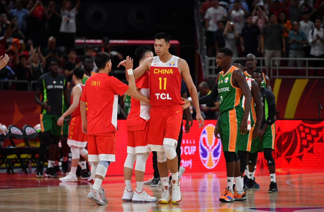 首戰三分球10中1,中國男籃對波蘭要怎么打?