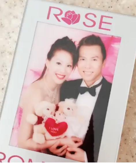 甄子丹晒16年前婚纱照,甜蜜表白回忆满满,老婆感动称想重拍
