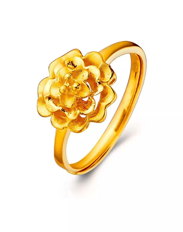 男款黄金戒指镶嵌宝石