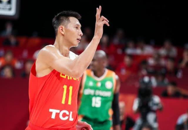 中国男篮一命门愁坏姚明,3分球10投1中,不提升或很难晋级
