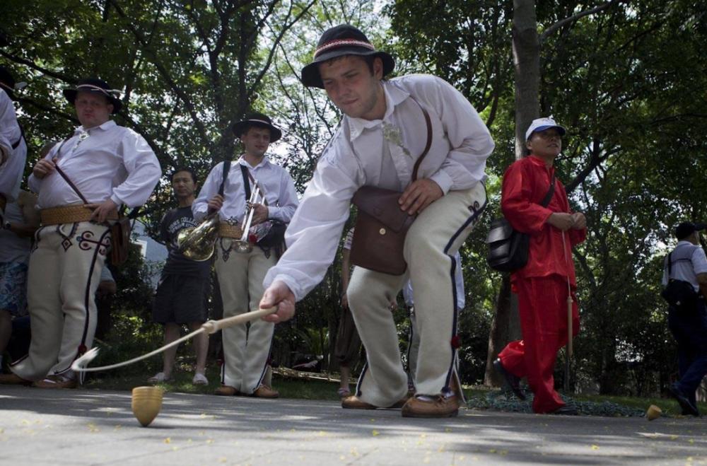 为何来中国旅游的外国人越来越少?
