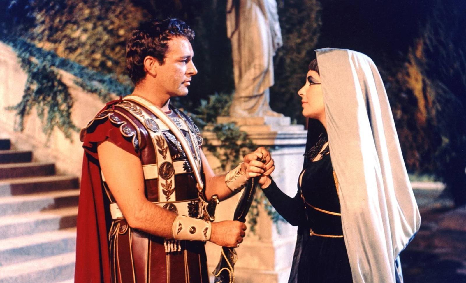 零投资网上赚钱:好莱坞离婚次数最多的明星,被誉为埃及艳后,私底下却情史泛滥
