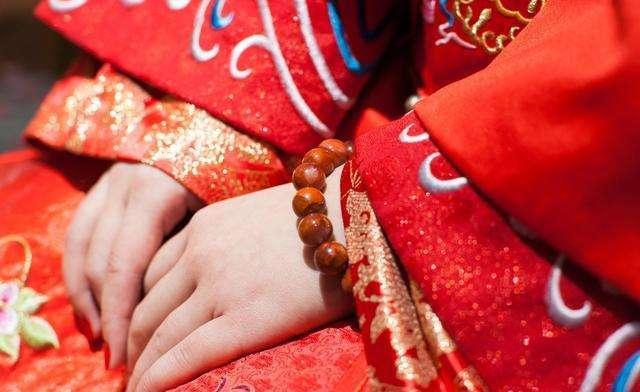 原创            结婚率创新低,年轻女人为啥不想结婚?有十年婚姻的她给出了答案