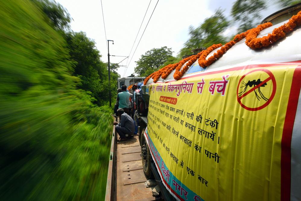 印度新德里開通驅蚊列車 抑制鐵路沿線蚊子繁殖