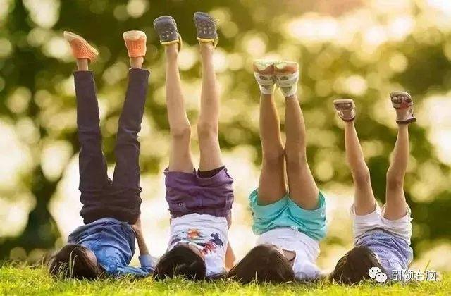 当爸爸教训孩子,妈妈应该怎么做?