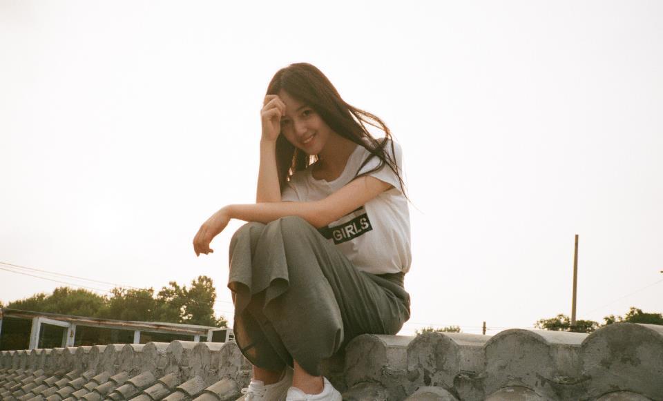 吴亦凡秦牛正威事件怎么回事 秦牛正威否认两人恋情 网友:很心机!