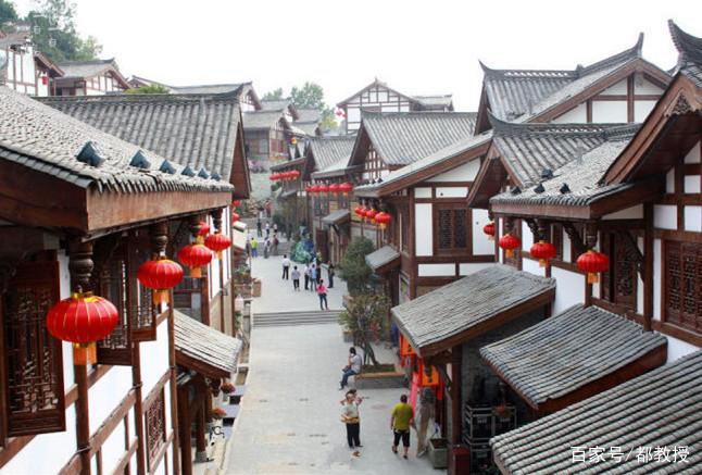 """四川这座古城近2300年,有""""中国风水城""""的称号,张飞曾镇守此城"""
