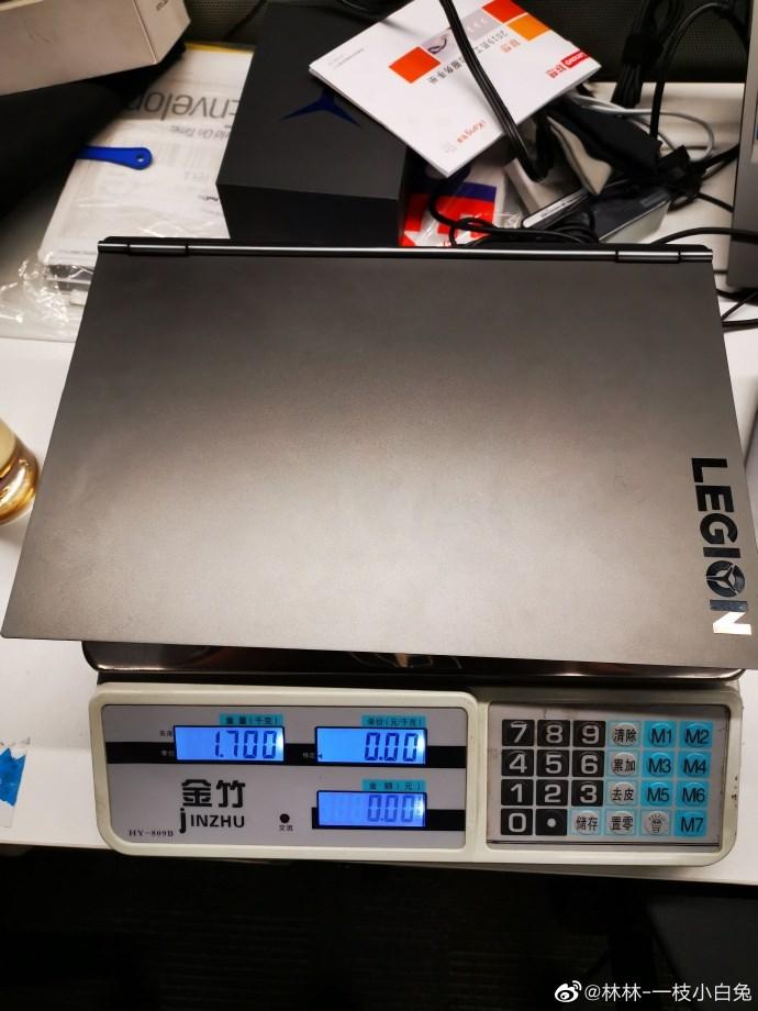 官方爆料:聯想標壓核顯Y9000X重1.7千克