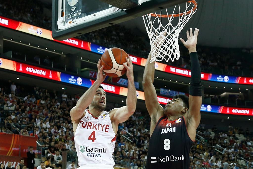 21岁体格真好!高烧40度男篮世界杯得到15分,今年去NBA
