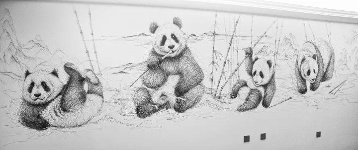 《江山游嬉图》   创作过程   在圆珠笔画基础上   飞线涂鸦《威震天》   3小时完成   《变形金刚——威震天》