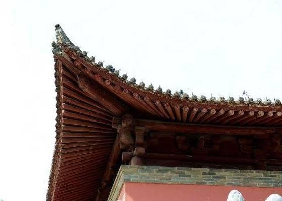 咸阳一个为阵亡将士休建的寺庙,殿内无一立柱和大梁