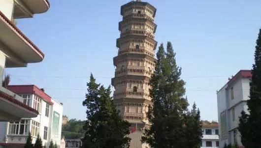 """咸阳有座改""""斜""""归正的千年古塔, 被称""""中国比萨斜塔"""""""