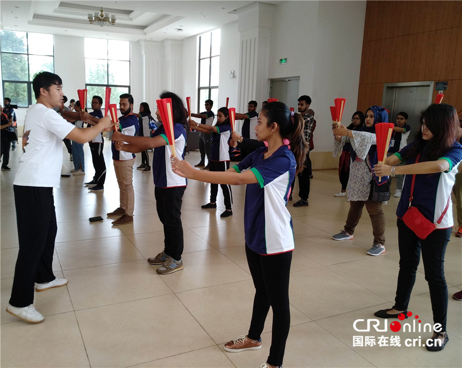 2019年孟加拉国青少年访华交流营体验中国功夫