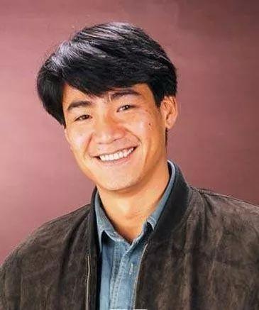 出身《古惑仔》曾因赌博输光身家 61岁前TVB艺人靠冷门生意翻身