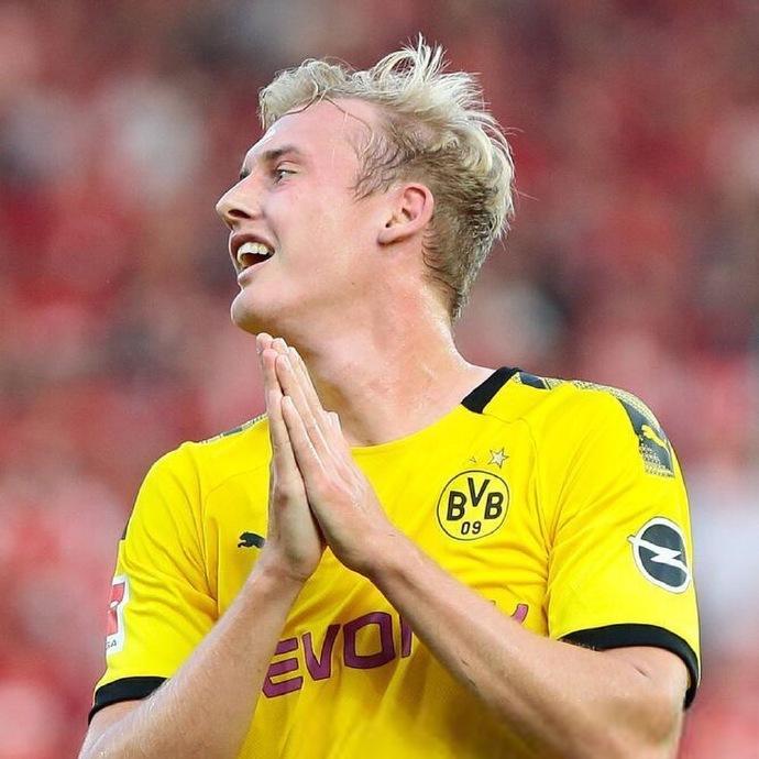 原创            在新生代的德国队前腰中,有谁能和穆里尼奥喜欢的他竞争主力?