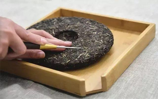 一篇文章带你看懂普洱茶饼上的数字代表着什么?茶知识日报