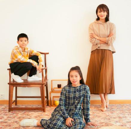 刘涛女儿曾是童星出身,11岁却颜值滑坡?网友:王珂基因太强大!