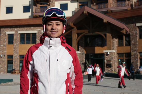 热雪教练:点燃中国冰雪运动的星星之火