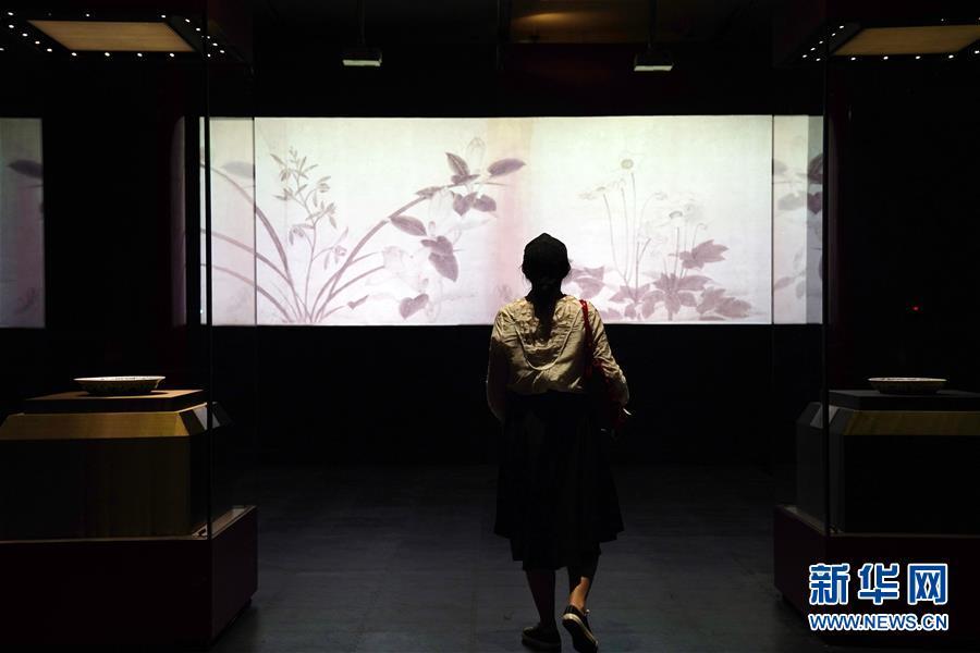 故宫举办中国古代花木题材文物特展