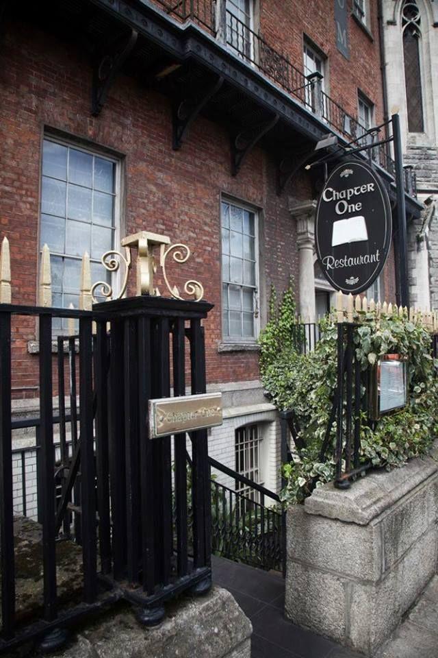 比如chapter one,餐厅的坐标透露着一点另类的味道——位于都柏林作家