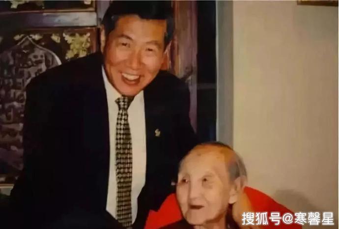 中国母亲将13位子女皆培养成博士,却无一人为祖国效力,谁之过?_王淑贞