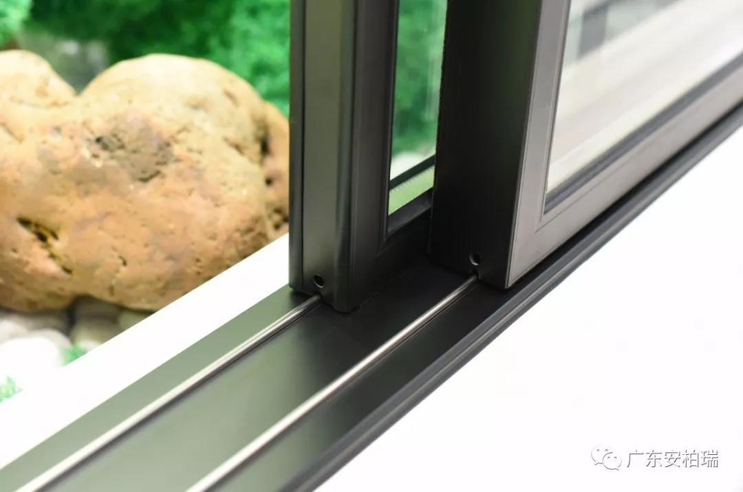 安柏瑞门窗系列产品
