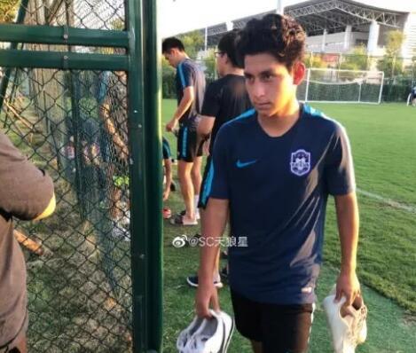 原创            天津泰达或产生归化球员!3名华裔球员试训,泰达条件很严格