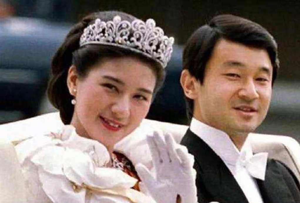日本雅子皇后的尷尬,結婚26年生不出兒子,唯一的女兒被排斥在外