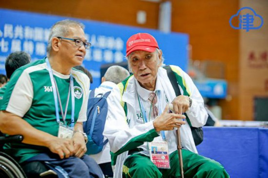 澳门代表团团长菲能地:40年只做一件事除了残疾人事业没有任何嗜好
