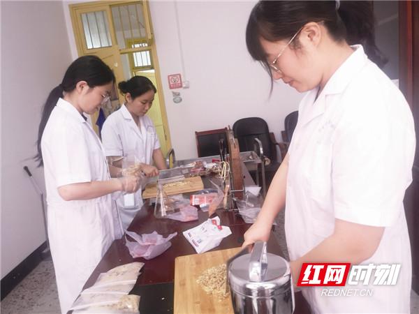 宁乡市中秋节日市场食品安全状况总