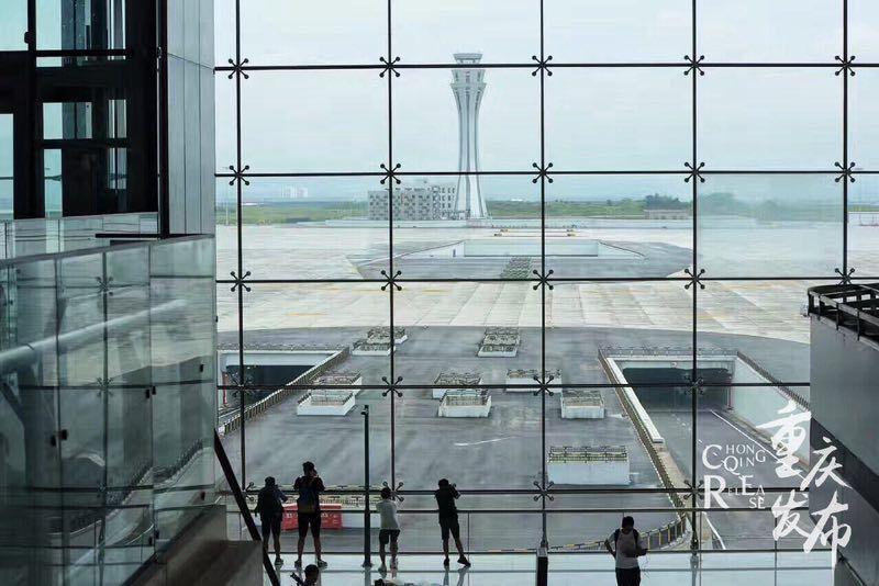 <b>【出行】14.6万人次!这是重庆机场一项新纪录</b>