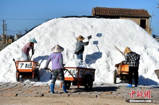 中国人太能吃盐:食盐摄入量超全球标准一倍多