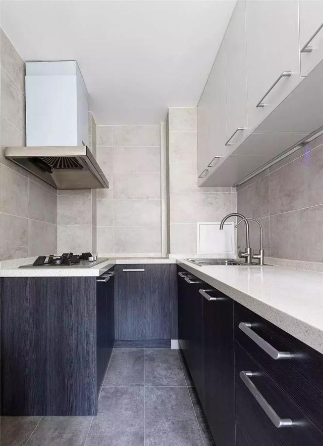 57㎡简约风格新房装修效果图,餐厅折叠式吧台充满格调
