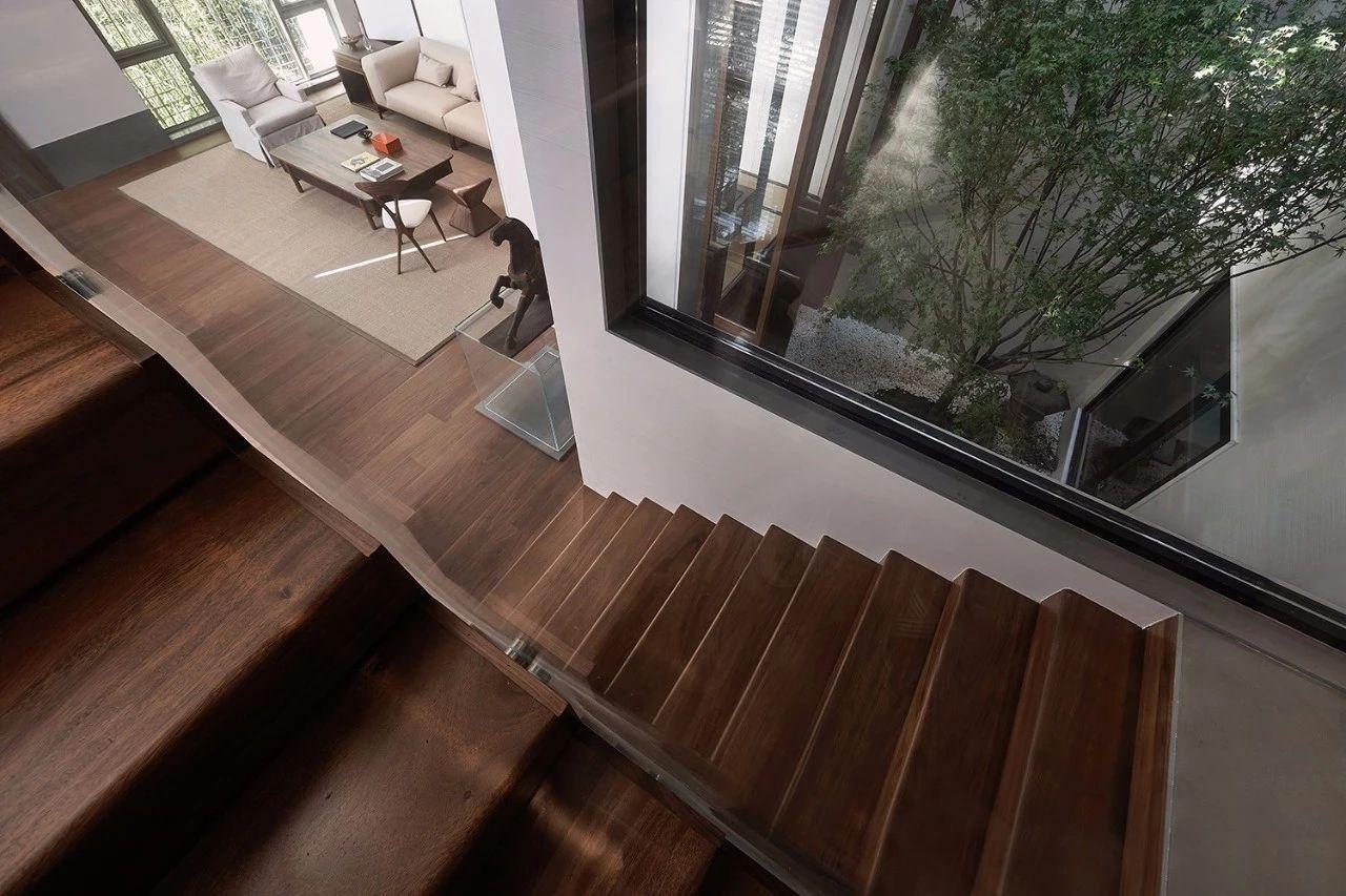 家庭天井楼梯设计图片
