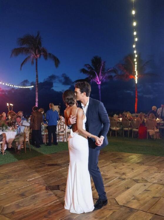 《爆裂鼓手》主演迈尔斯·特勒结婚婚礼安排在夏威夷