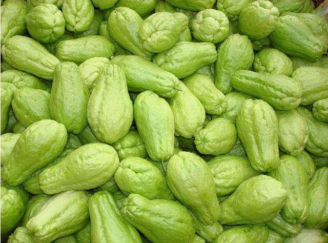 天冷后,吃这种瓜随便简单一拌,护肝养胃!