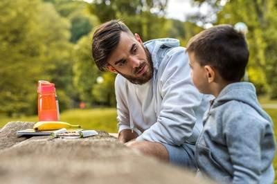 百年《道德經》經典教育智慧:父母有四等,你是哪一等?
