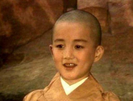 《西游记》小唐僧已经长大,身家过亿,妻子还是甄嬛传中的她!