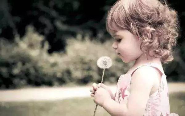 别再内疚偶尔对孩子凶,好孩子才不是夸出来的!