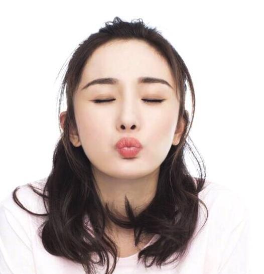<b>杨幂遭遇困难,刘恺威力挺,粉丝:赶快复婚吧</b>