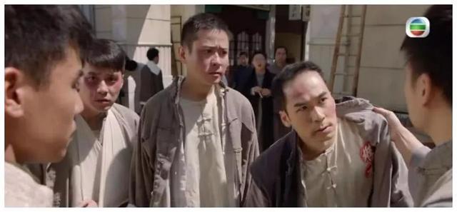 40岁TVB绿叶自曝入行14年穷困辛酸史 为养家兼职做装修工人