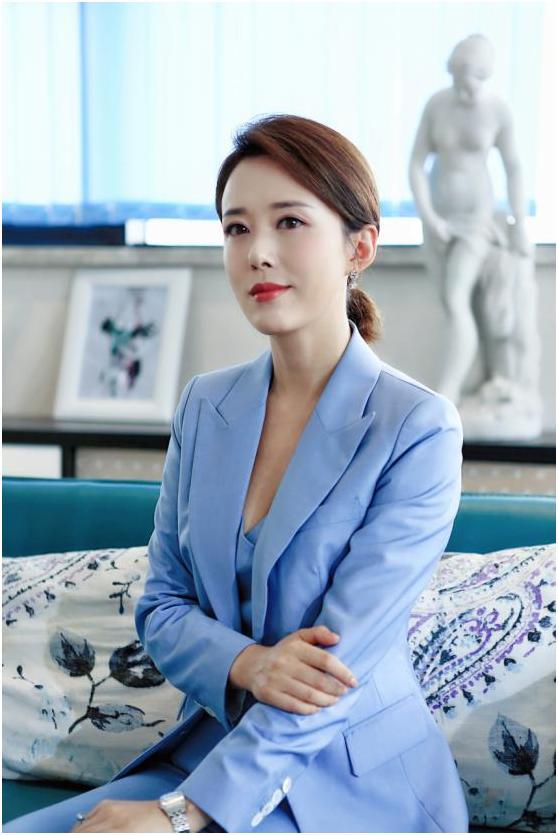 《最美的安排》热播,职场女强人杨清遭遇亲情大战