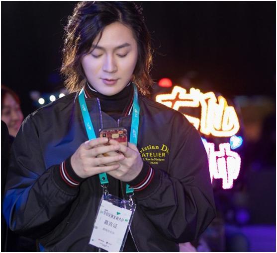 张大仙引领主播新时代,不但直播、做视频,写小说还被官方点名