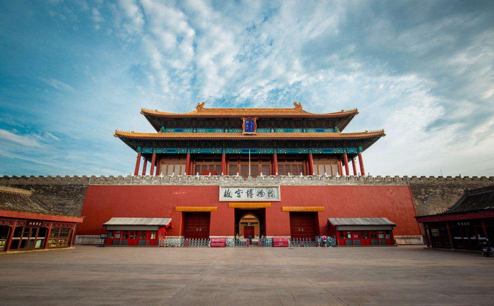 故宫建于哪个朝代,经历六百年间多次焚毁修缮,才有如今的故宫