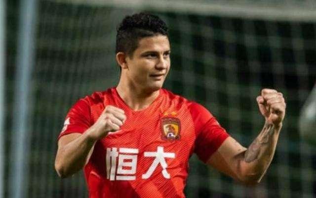 好消息!艾克森中国身份已获FIFA认可:国足最强锋线组合呼之欲出