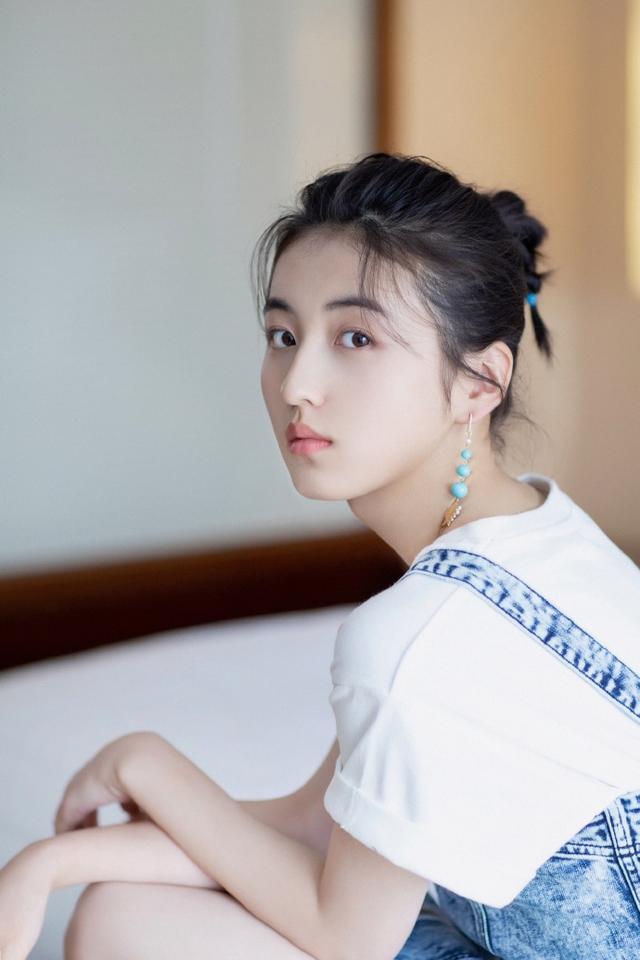 为何黄磊对张子枫的评价如此高?她的发光点在哪里?