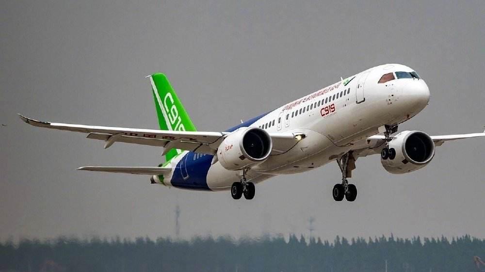 中国商飞杨洋:ARJ21已有两条临盆线 C919客机2021年交付