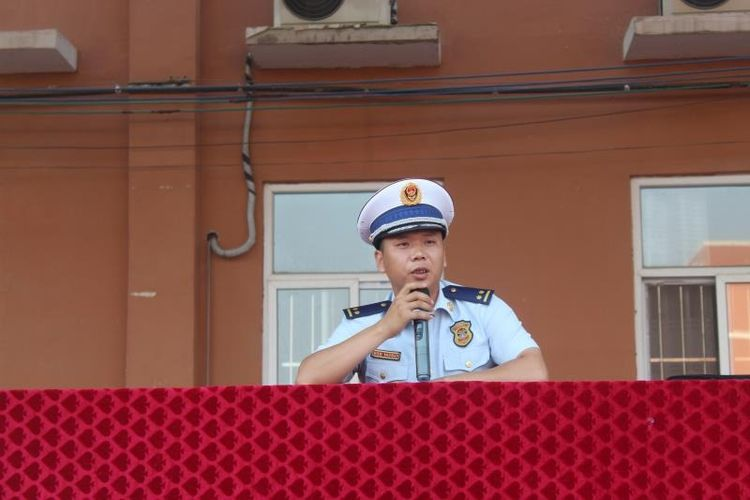 """广平消防大队""""消防安全宣传教育进军训"""" 撑起校园安全保护伞"""